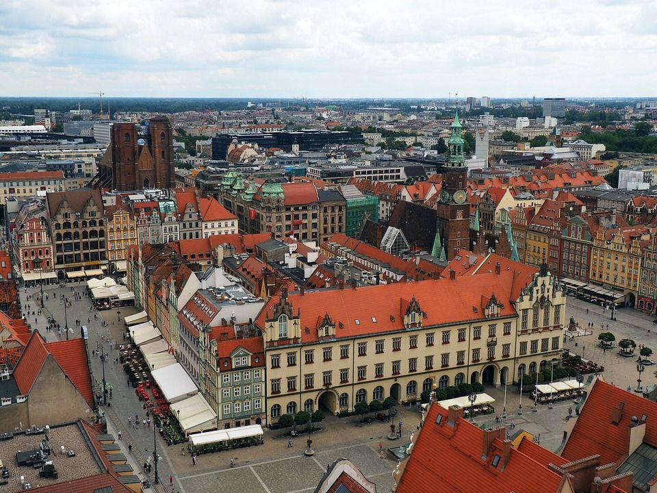 budynki w centrum Wrocławia